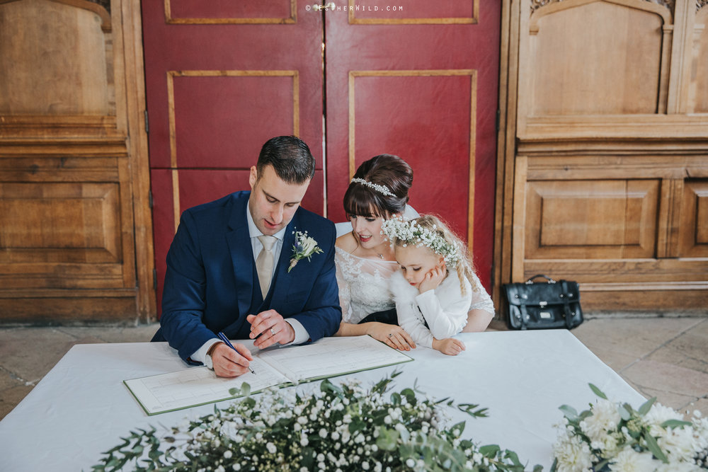 Kings_Lynn_Town_Hall_Wedding_Marry_In_Norfolk_Wedding_Esther_Wild_Photographer_IMG_5118.jpg