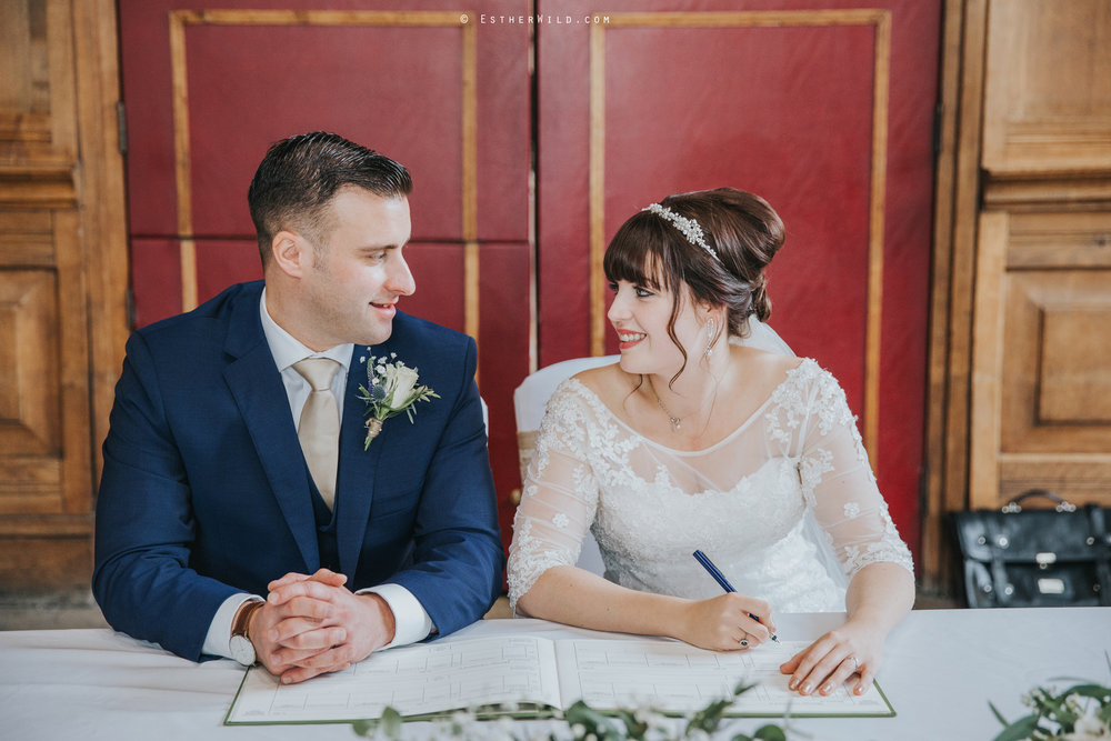 Kings_Lynn_Town_Hall_Wedding_Marry_In_Norfolk_Wedding_Esther_Wild_Photographer_IMG_5132.jpg