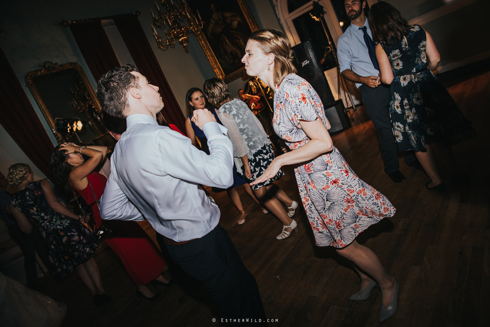 Kings_Lynn_Town_Hall_Wedding_Marry_In_Norfolk_Wedding_Esther_Wild_Photographer_IMG_7203.jpg