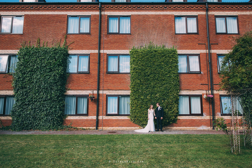 0817_Holiday_Inn_Norwich_Wedding_Photography_Esther_Wild_IMG_1206.jpg