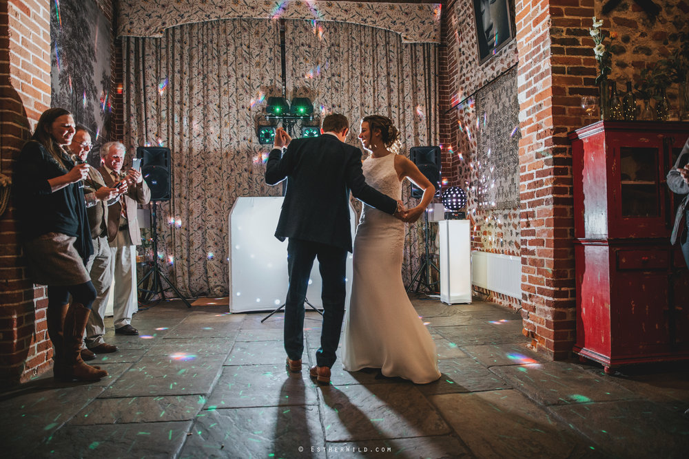 Wedding_Photographer_Chaucer_Barn_Holt_Norfolk_Country_Rustic_Venue_Copyright_Esther_Wild_IMG_2394.jpg