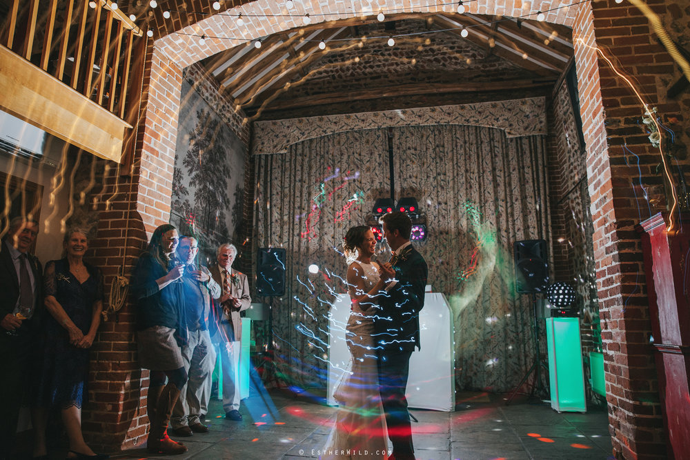 Wedding_Photographer_Chaucer_Barn_Holt_Norfolk_Country_Rustic_Venue_Copyright_Esther_Wild_IMG_2417.jpg