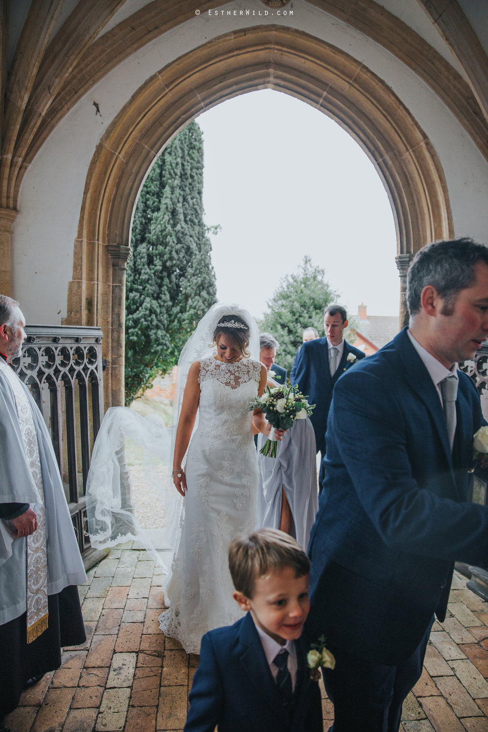 Wedding_Photography_Diss_Gawdy_Hall_Redenhall_Church_Norfolk_Winter_Esther_Wild_Copyright_IMG_1054.jpg