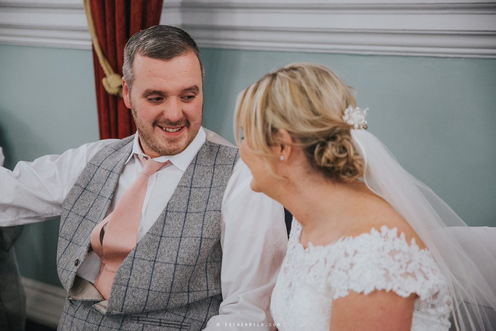 Wedding_Kings_Lynn_Town_Hall_Norfolk_Photographer_Esther_Wild_IMG_1687_IMGL0416.jpg