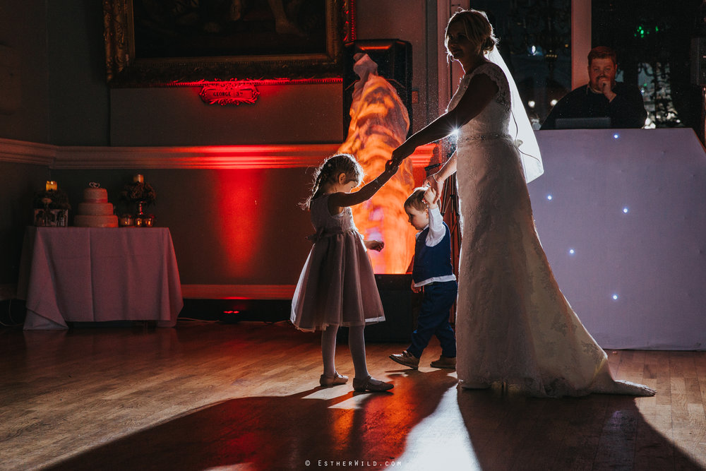 Wedding_Kings_Lynn_Town_Hall_Norfolk_Photographer_Esther_Wild_IMG_1823_IMGL0758.jpg
