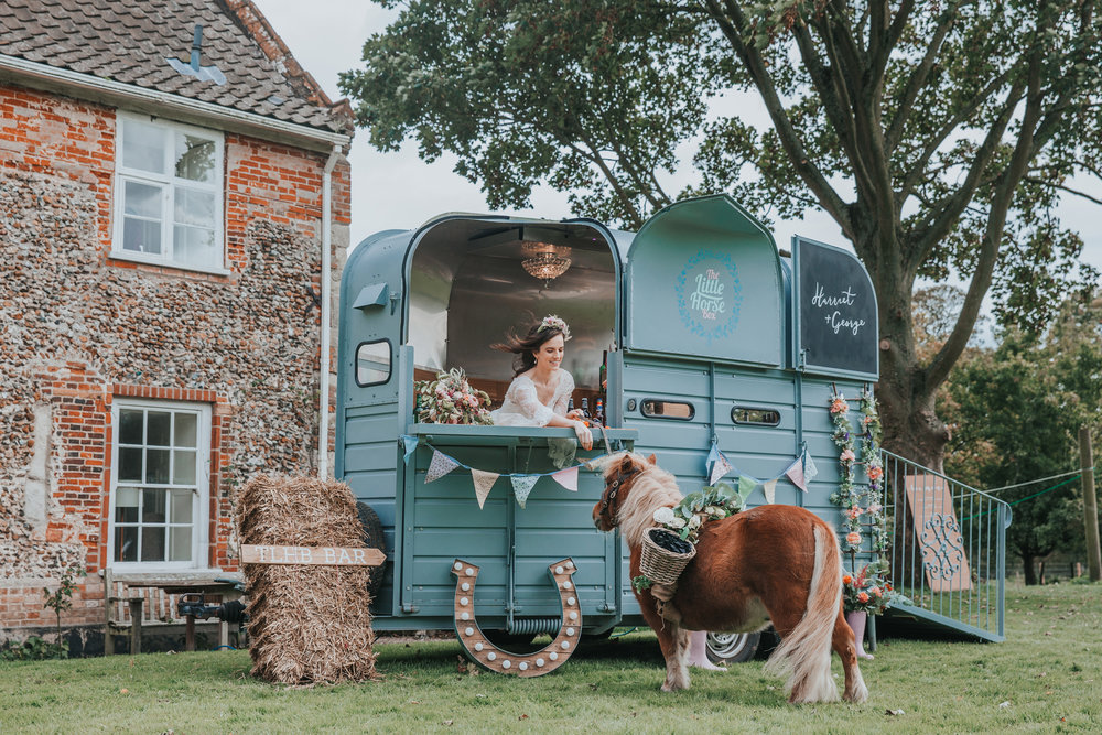 Esther_Wild_Little_Horse_Box_Norfolk_Wedding_IMG_2973.jpg