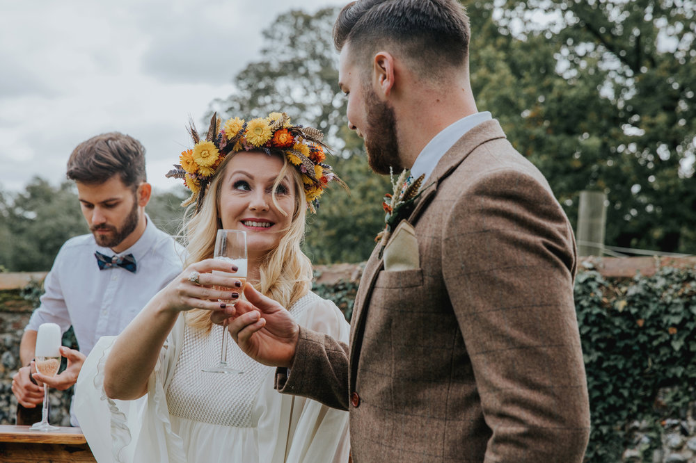 Norfolk_Wedding_Esther_Wild_Little_Horse_Box_IMG_2340.jpg