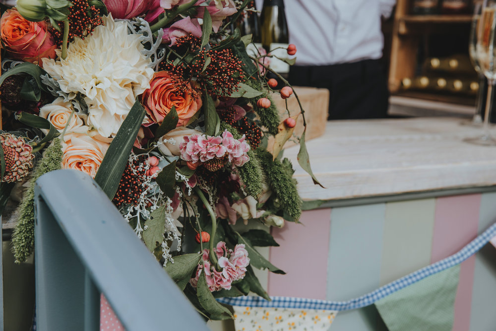 Norfolk_Wedding_Esther_Wild_Little_Horse_Box_IMG_2519.jpg