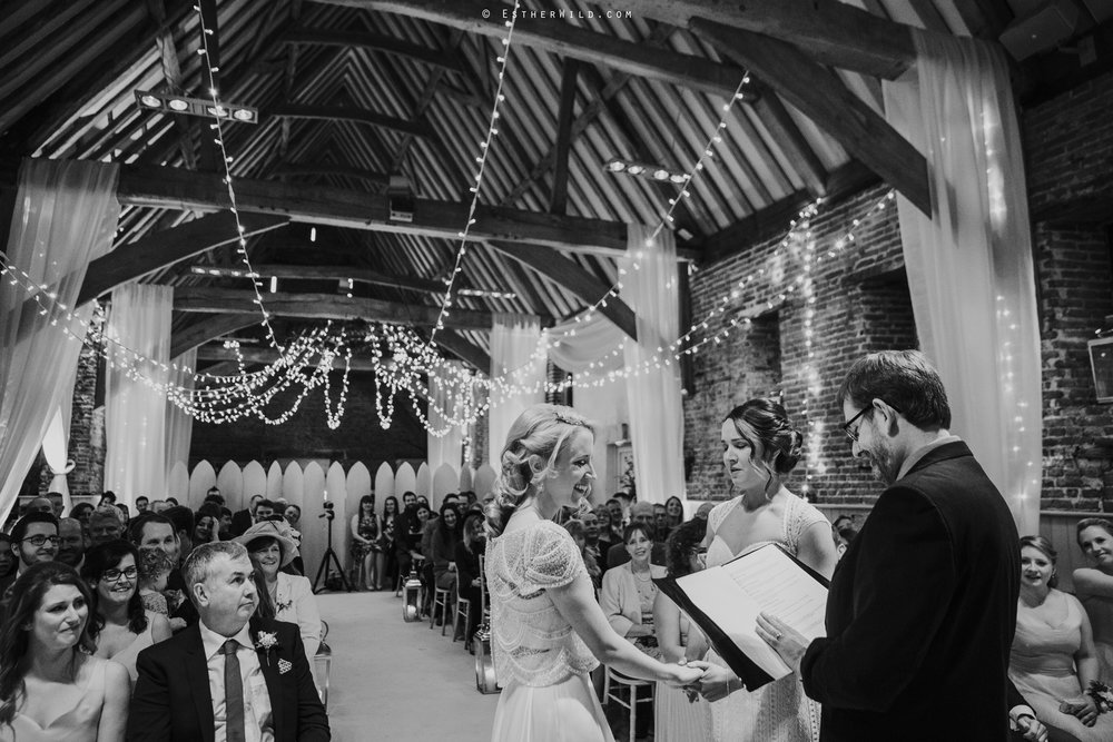 Elms_Barn_Weddings_Suffolk_Photographer_Copyright_Esther_Wild_IMG_1188-2.jpg