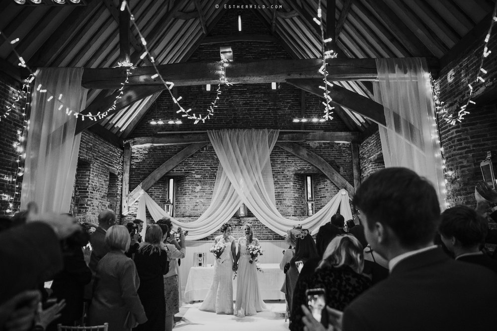 Elms_Barn_Weddings_Suffolk_Photographer_Copyright_Esther_Wild_IMG_1393-2.jpg