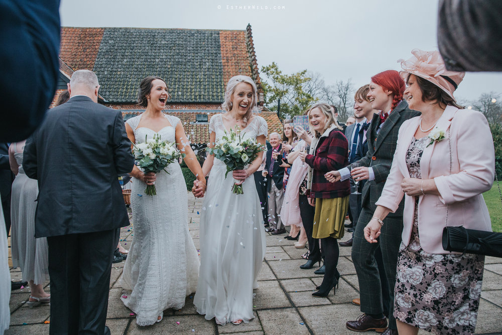 Elms_Barn_Weddings_Suffolk_Photographer_Copyright_Esther_Wild_IMG_1493.jpg
