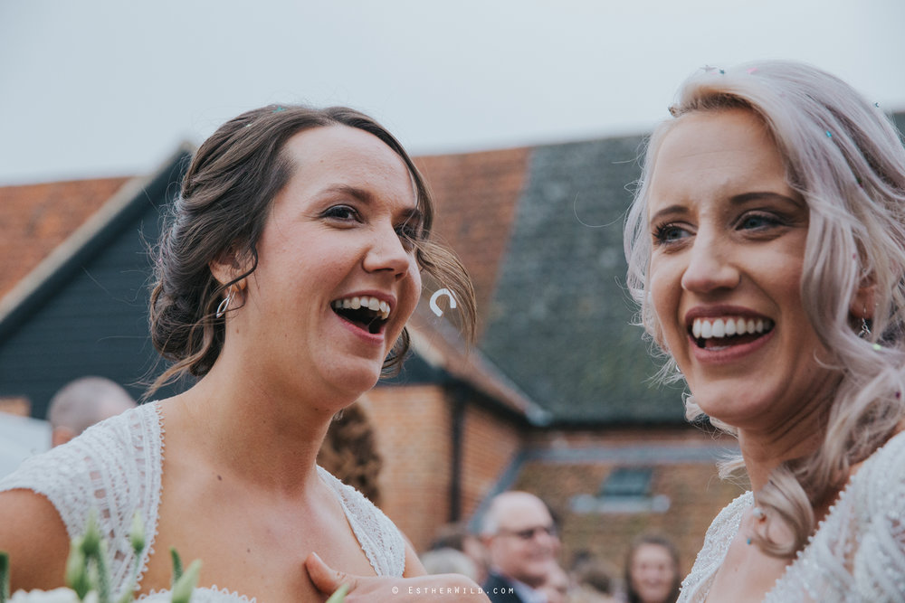 Elms_Barn_Weddings_Suffolk_Photographer_Copyright_Esther_Wild_IMG_1524.jpg