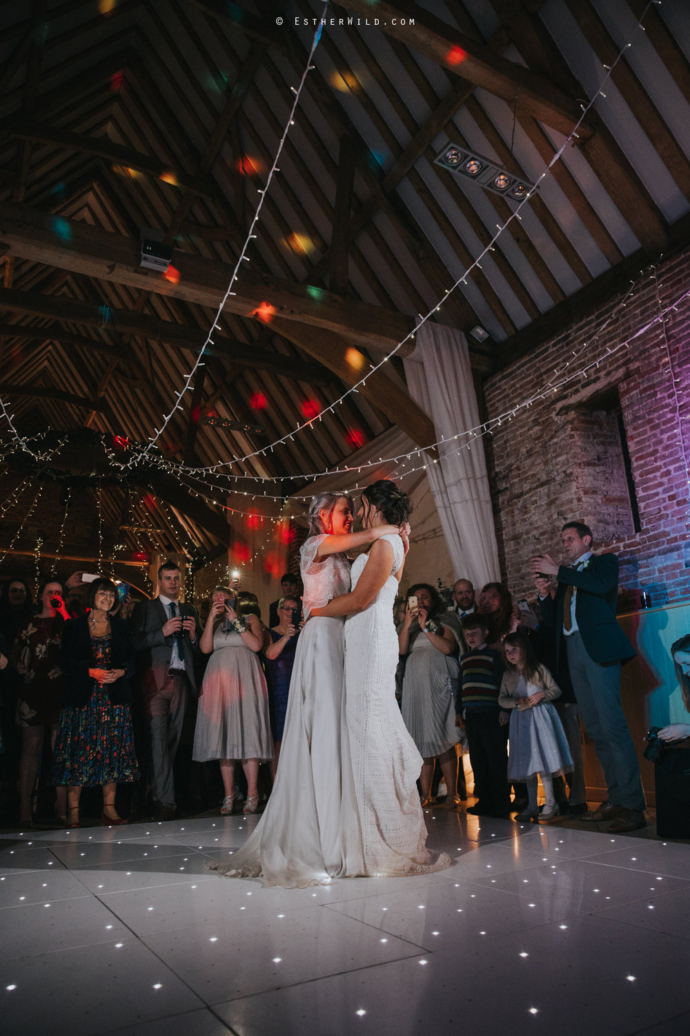 Elms_Barn_Weddings_Suffolk_Photographer_Copyright_Esther_Wild_IMG_3379.jpg