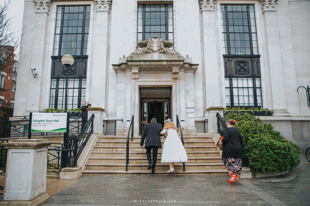 Islington_Town_Hall_Assembly_Hall_Council_Chamber_The_Star_Pub_London_Sacred_Wedding_Copyright_Esther_Wild_Photographer_IMG_0145.jpg
