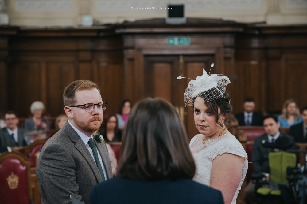 Islington_Town_Hall_Assembly_Hall_Council_Chamber_The_Star_Pub_London_Sacred_Wedding_Copyright_Esther_Wild_Photographer_IMG_0315.jpg