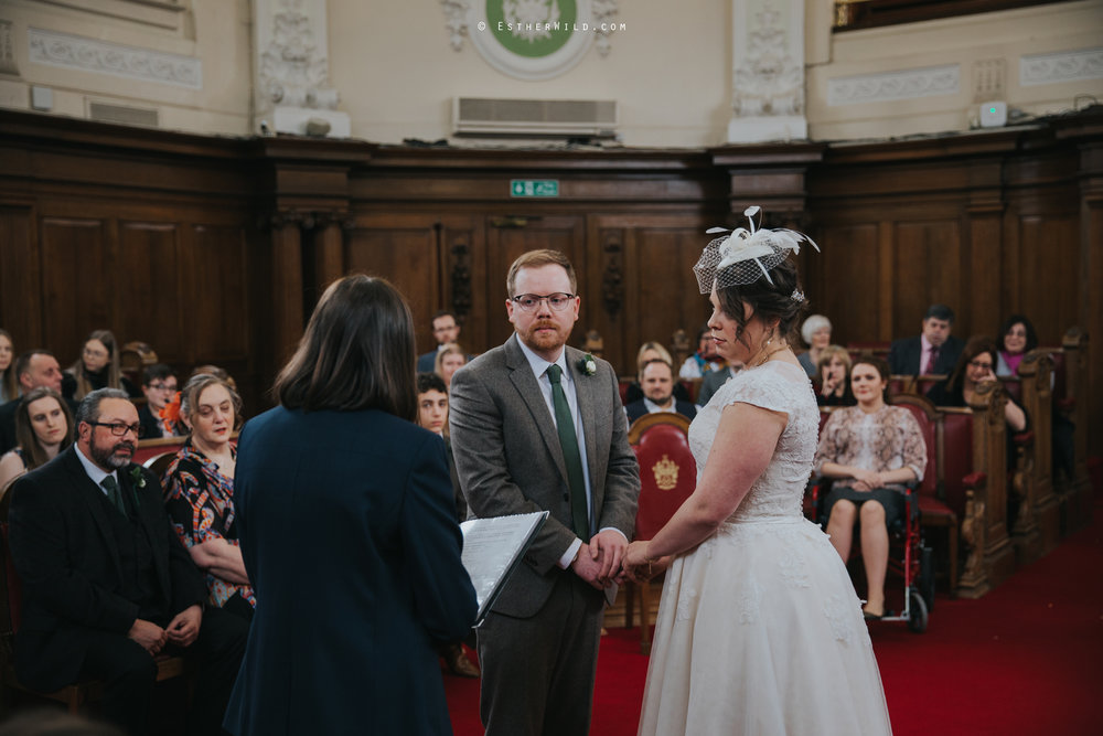 Islington_Town_Hall_Assembly_Hall_Council_Chamber_The_Star_Pub_London_Sacred_Wedding_Copyright_Esther_Wild_Photographer_IMG_0339.jpg