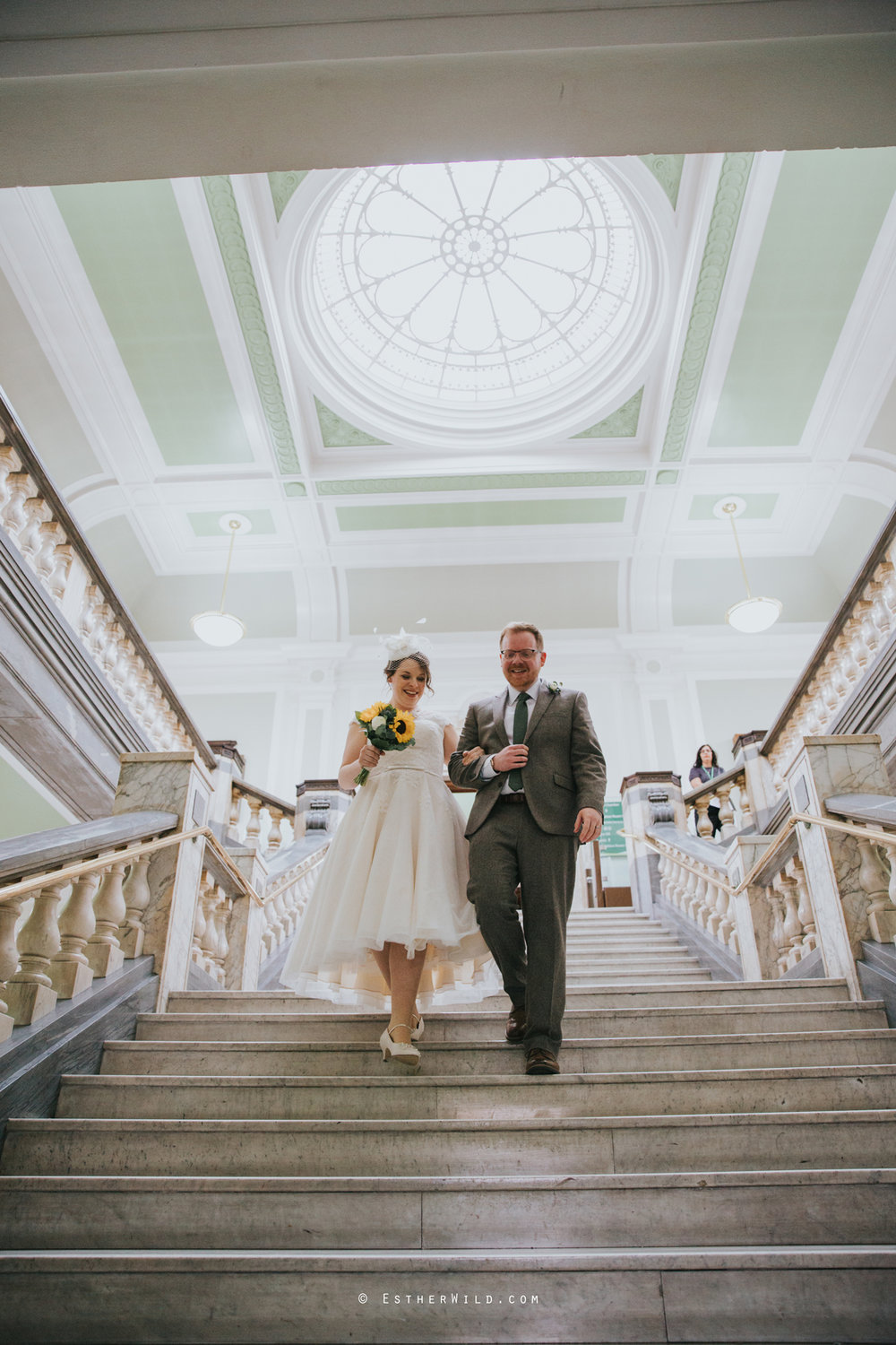Islington_Town_Hall_Assembly_Hall_Council_Chamber_The_Star_Pub_London_Sacred_Wedding_Copyright_Esther_Wild_Photographer_IMG_0625.jpg