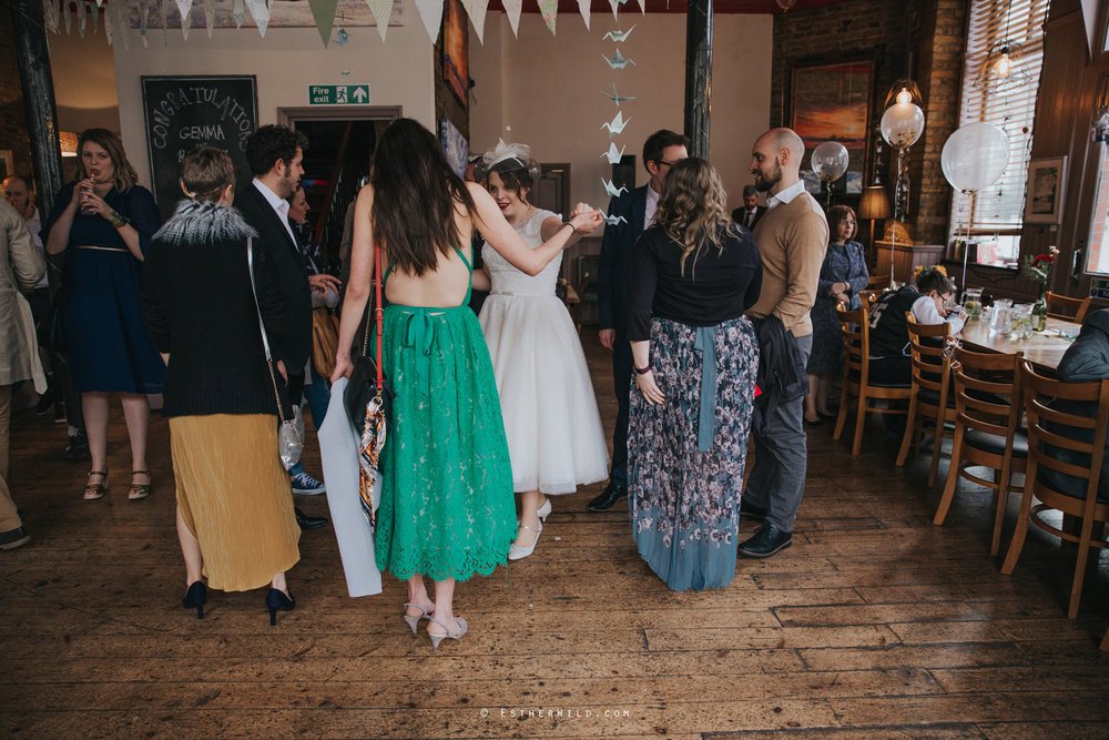 Islington_Town_Hall_Assembly_Hall_Council_Chamber_The_Star_Pub_London_Sacred_Wedding_Copyright_Esther_Wild_Photographer_IMG_1320.jpg