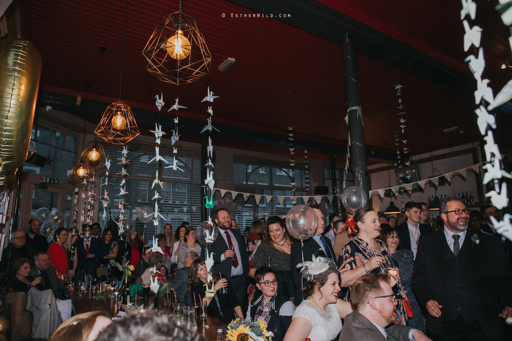 Islington_Town_Hall_Assembly_Hall_Council_Chamber_The_Star_Pub_London_Sacred_Wedding_Copyright_Esther_Wild_Photographer_IMG_1800.jpg
