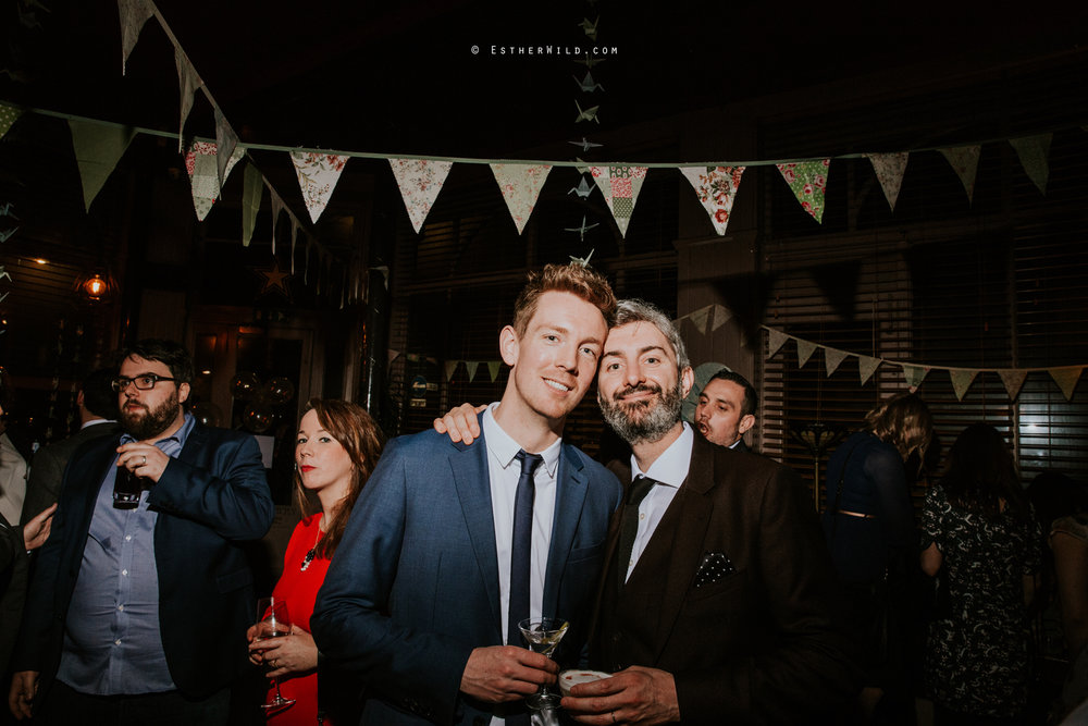 Islington_Town_Hall_Assembly_Hall_Council_Chamber_The_Star_Pub_London_Sacred_Wedding_Copyright_Esther_Wild_Photographer_IMG_2109.jpg