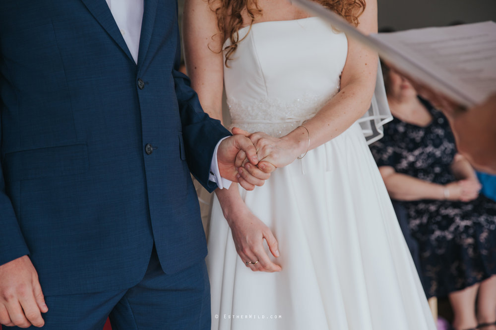The_BoatHouse_Wedding_Venue_Ormesby_Norfolk_Broads_Boat_Wedding_Photography_Esther_Wild_Photographer_IMG_1070.jpg