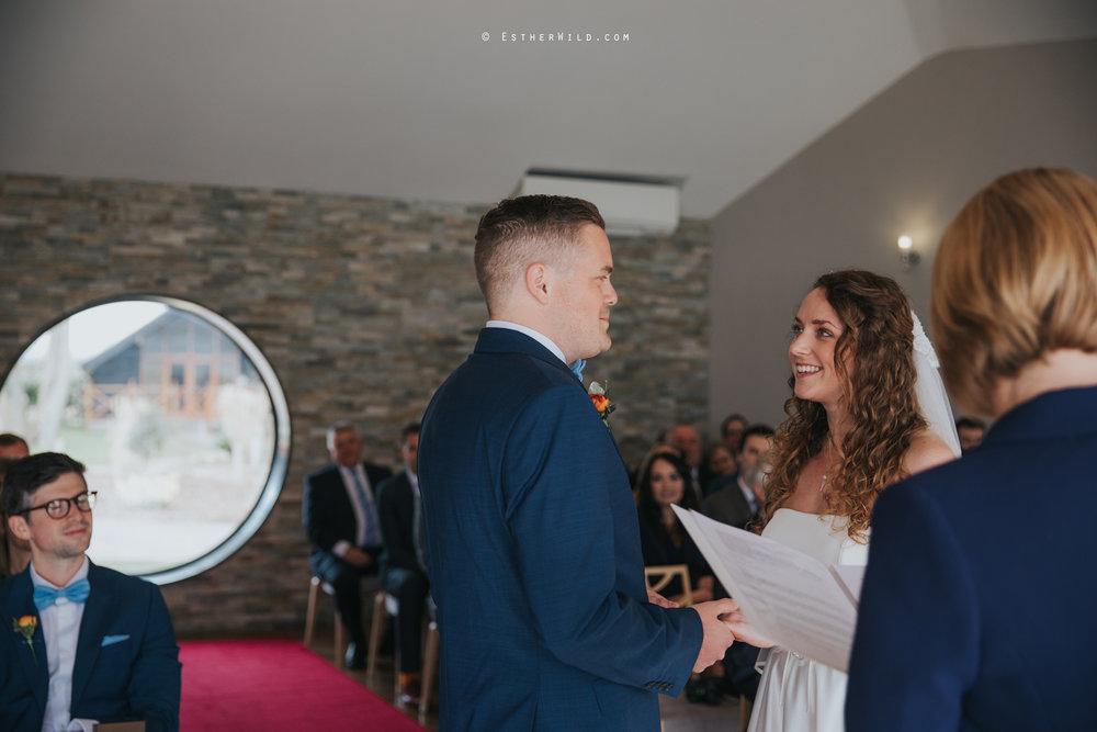 The_BoatHouse_Wedding_Venue_Ormesby_Norfolk_Broads_Boat_Wedding_Photography_Esther_Wild_Photographer_IMG_1098.jpg