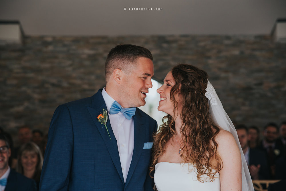 The_BoatHouse_Wedding_Venue_Ormesby_Norfolk_Broads_Boat_Wedding_Photography_Esther_Wild_Photographer_IMG_1164.jpg