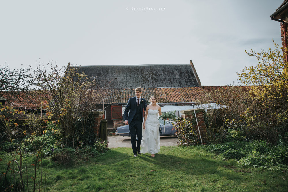 Glebe_Farm_Barn_Rustic_Norfolk_Wedding_Esther_Wild_Photographer_Copyright_IMG_1581.jpg