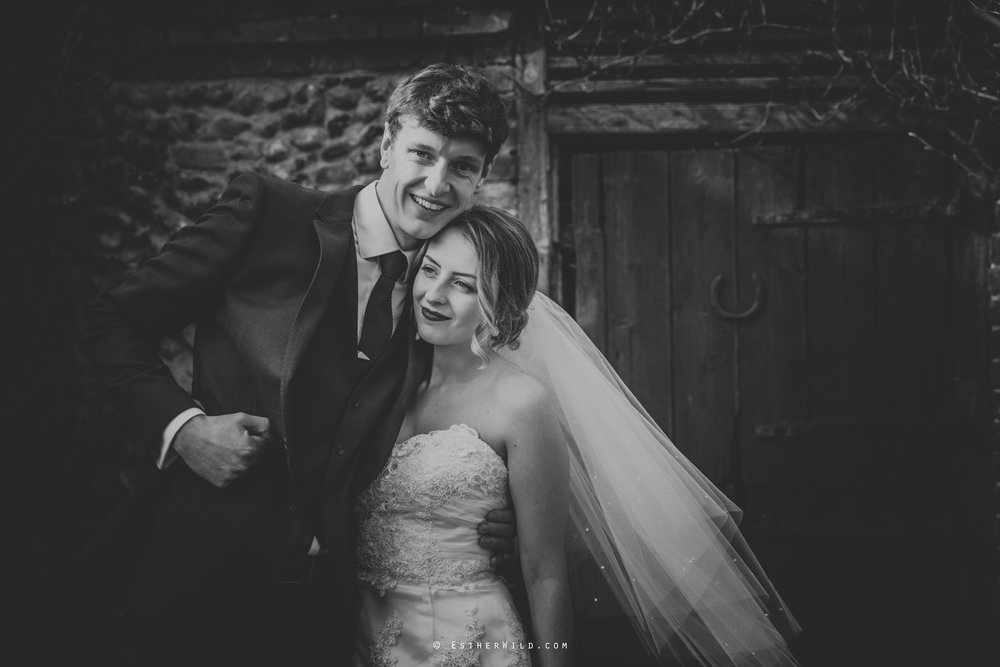 Glebe_Farm_Barn_Rustic_Norfolk_Wedding_Esther_Wild_Photographer_Copyright_IMG_1664-2.jpg
