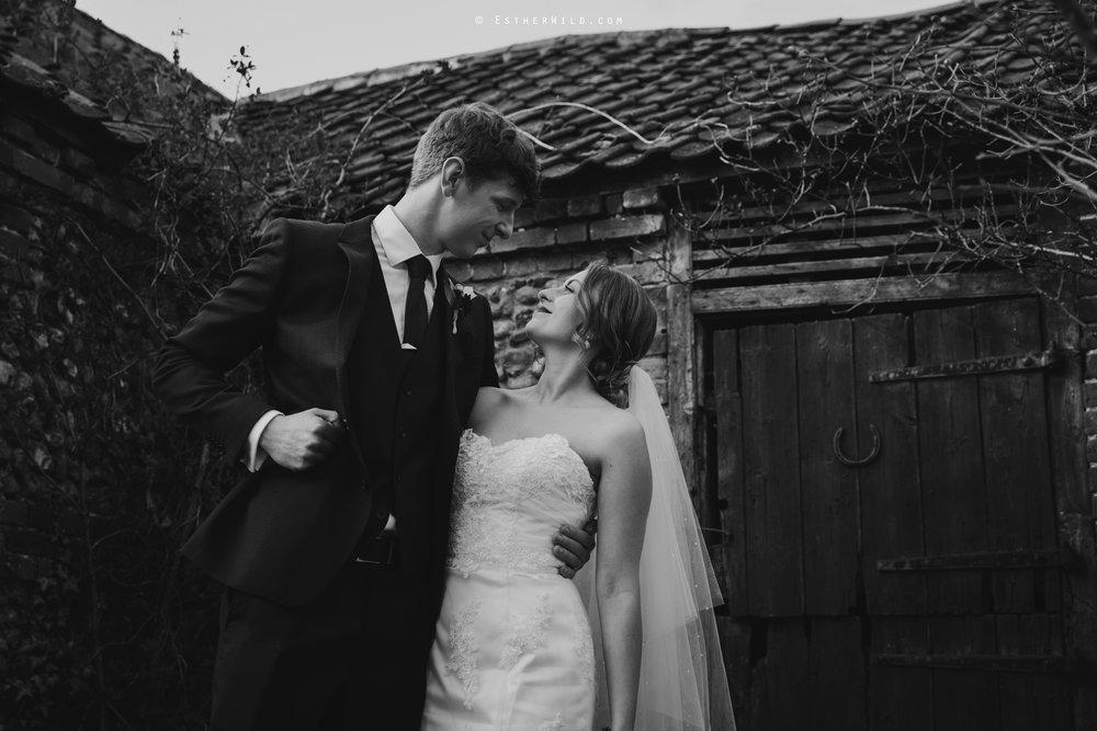 Glebe_Farm_Barn_Rustic_Norfolk_Wedding_Esther_Wild_Photographer_Copyright_IMG_1680-1.jpg