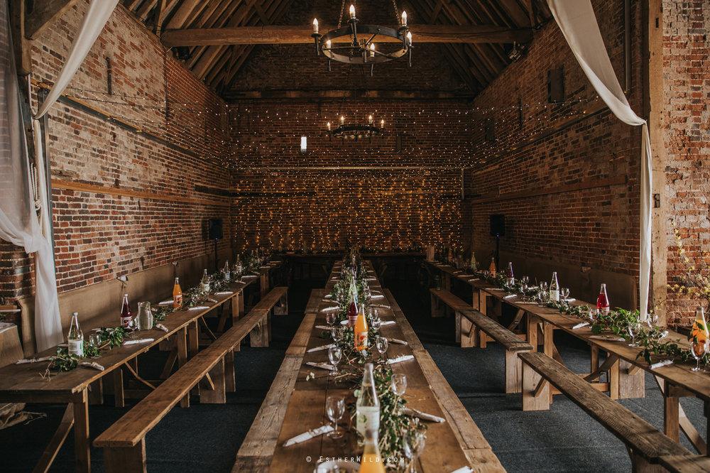 Glebe_Farm_Barn_Rustic_Norfolk_Wedding_Esther_Wild_Photographer_Copyright_IMG_1704.jpg