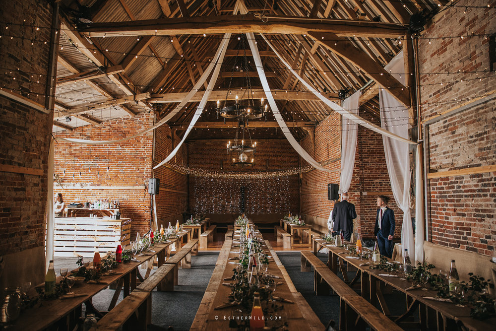 Glebe_Farm_Barn_Rustic_Norfolk_Wedding_Esther_Wild_Photographer_Copyright_IMG_1712.jpg