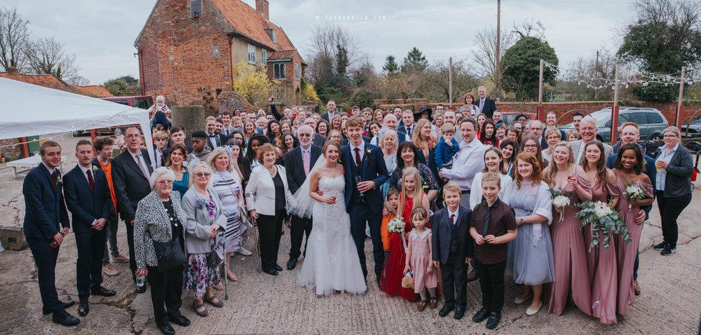 Glebe_Farm_Barn_Rustic_Norfolk_Wedding_Esther_Wild_Photographer_Copyright_IMG_2136.jpg