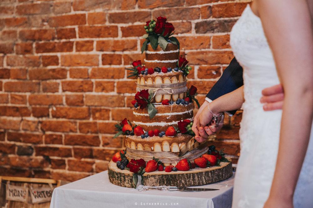 Glebe_Farm_Barn_Rustic_Norfolk_Wedding_Esther_Wild_Photographer_Copyright_IMG_2791.jpg