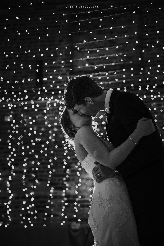 Glebe_Farm_Barn_Rustic_Norfolk_Wedding_Esther_Wild_Photographer_Copyright_IMG_2842.jpg
