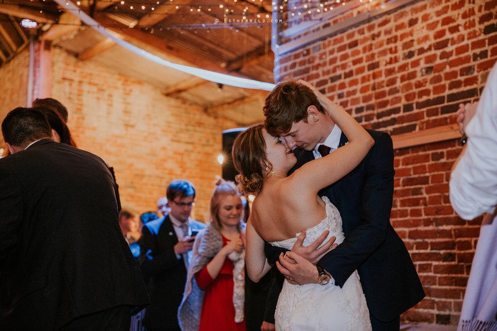 Glebe_Farm_Barn_Rustic_Norfolk_Wedding_Esther_Wild_Photographer_Copyright_IMG_2912.jpg