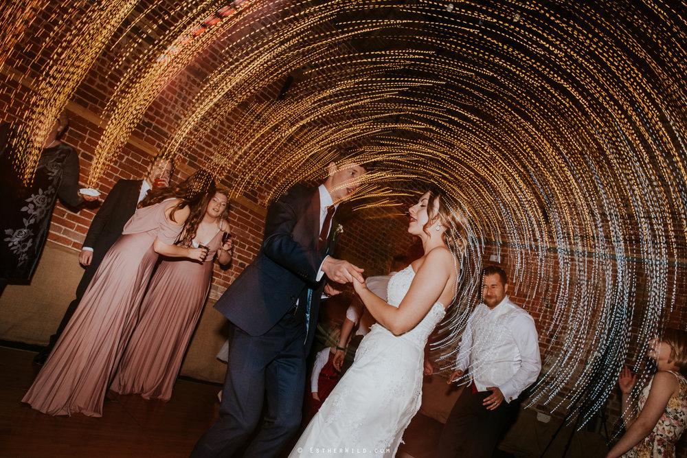 Glebe_Farm_Barn_Rustic_Norfolk_Wedding_Esther_Wild_Photographer_Copyright_IMG_3128.jpg