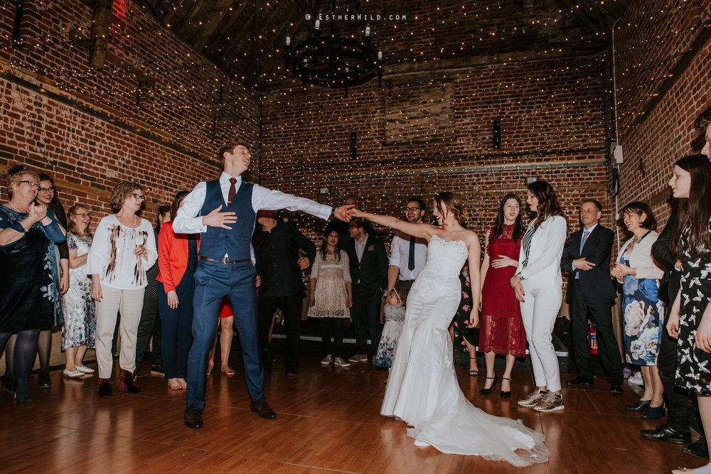 Glebe_Farm_Barn_Rustic_Norfolk_Wedding_Esther_Wild_Photographer_Copyright_IMG_3199.jpg