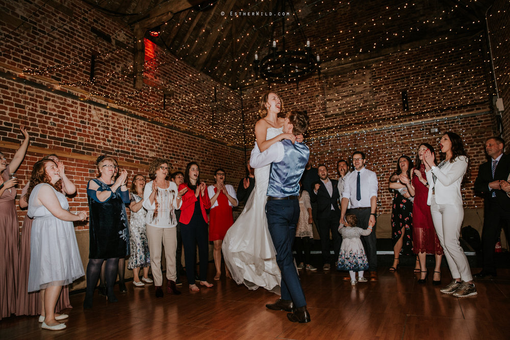 Glebe_Farm_Barn_Rustic_Norfolk_Wedding_Esther_Wild_Photographer_Copyright_IMG_3205.jpg