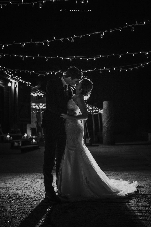 Glebe_Farm_Barn_Rustic_Norfolk_Wedding_Esther_Wild_Photographer_Copyright_IMG_3269-2.jpg