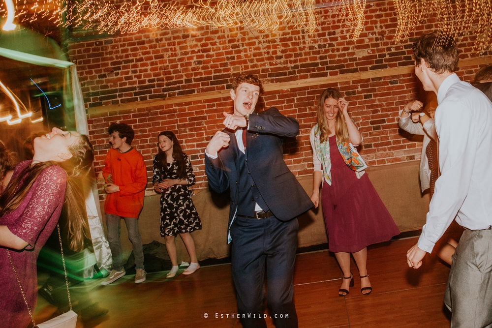 Glebe_Farm_Barn_Rustic_Norfolk_Wedding_Esther_Wild_Photographer_Copyright_IMG_3388.jpg