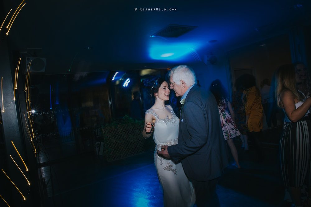 Norfolk_Mead_Hotel_Norwich_Wedding_Esther_Wild_Photographer_Copyright_IMG_3190.jpg