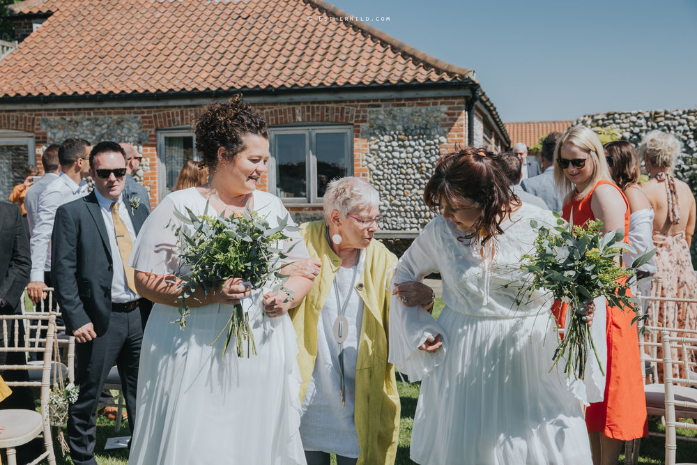 IMG_0482Cley_Barn_Drift_Norfolk_Coast_Wedding_Copyright_Esther_Wild_Photographer_.jpg