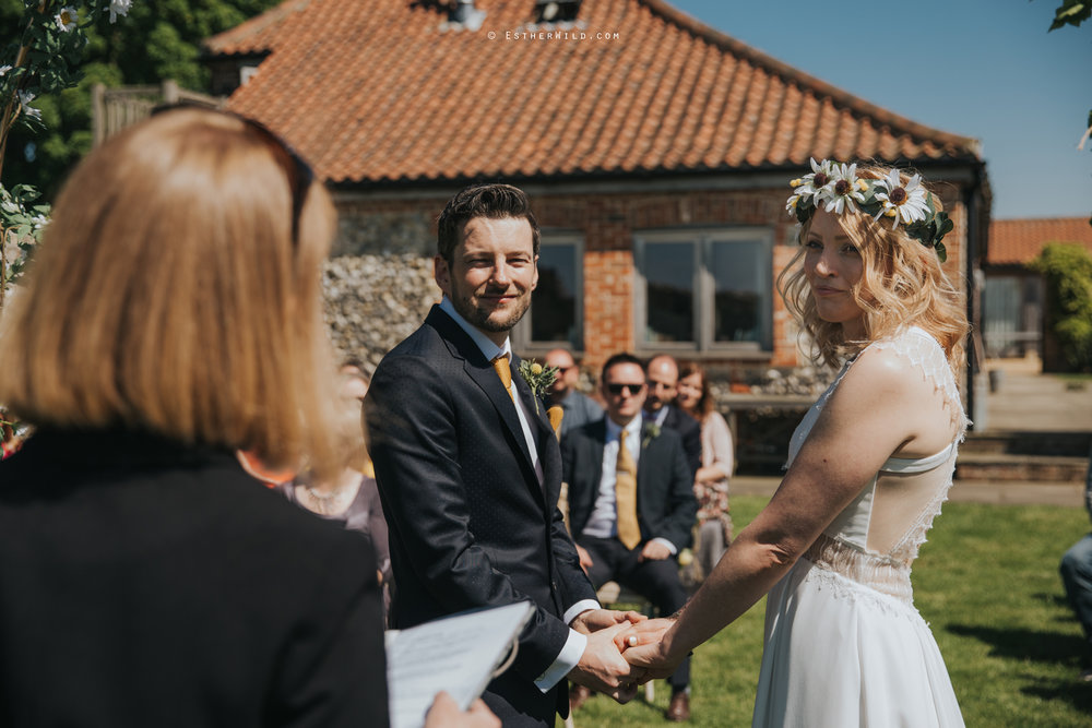 IMG_0507Cley_Barn_Drift_Norfolk_Coast_Wedding_Copyright_Esther_Wild_Photographer_.jpg