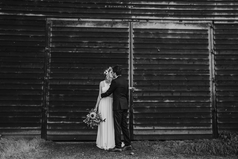 IMG_1496-2Cley_Barn_Drift_Norfolk_Coast_Wedding_Copyright_Esther_Wild_Photographer_.jpg