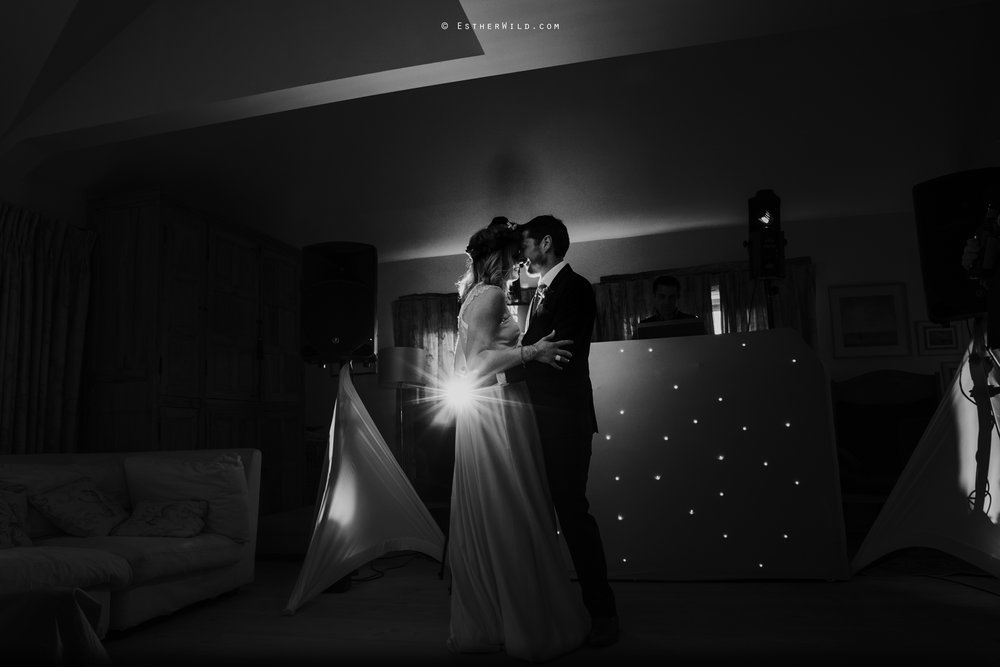 IMG_2247-2Cley_Barn_Drift_Norfolk_Coast_Wedding_Copyright_Esther_Wild_Photographer_.jpg