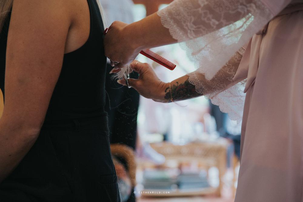 Wootton_Wedding_Copyright_Esther_Wild_Photographer_IMG_0196.jpg
