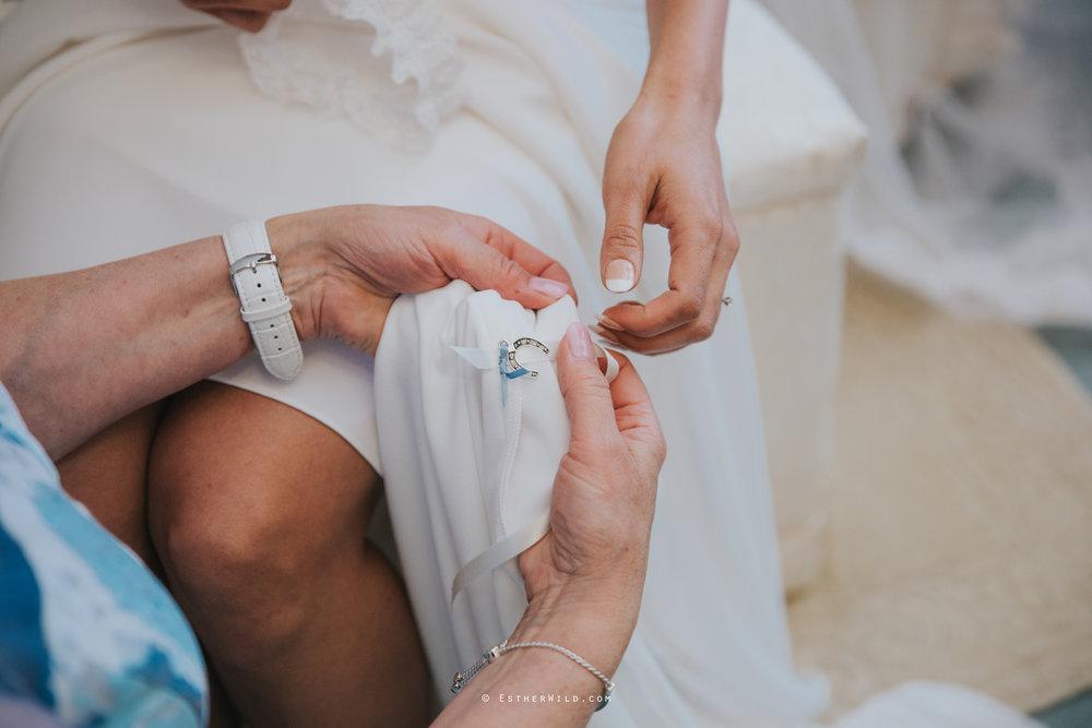 Wootton_Wedding_Copyright_Esther_Wild_Photographer_IMG_0549.jpg