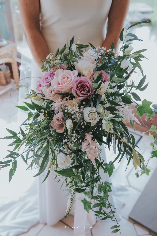 Wootton_Wedding_Copyright_Esther_Wild_Photographer_IMG_0675.jpg