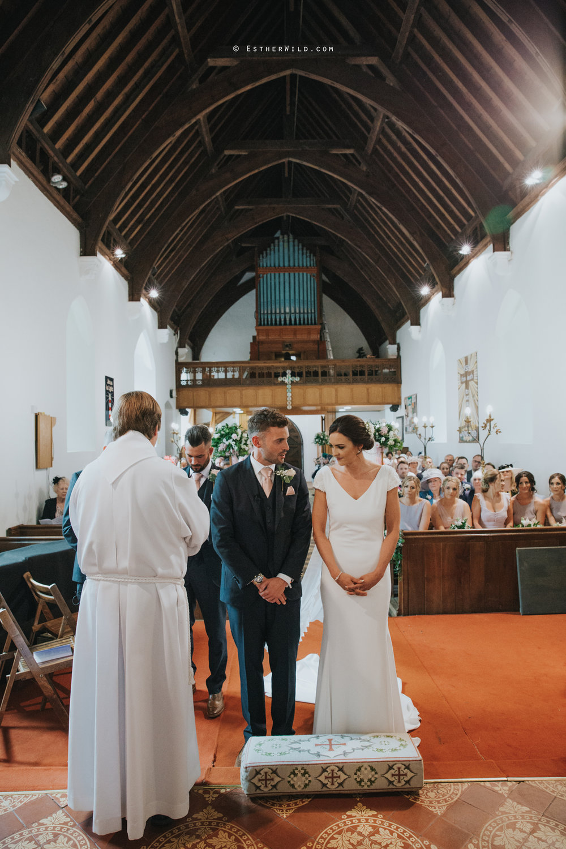 Wootton_Wedding_Copyright_Esther_Wild_Photographer_IMG_0938.jpg